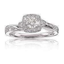 find or design your perfect diamond engagement ring