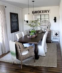 2 Charming Rug Dining Room