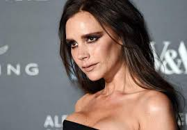 posh spice makeup. stepping out with husband david beckham to an alexander mcqueen gala, where kate moss, naomi campbell and poppy delevingne partied the night away, posh spice makeup h