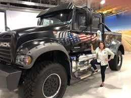 Mack Trucks Hosts the Executive Forum