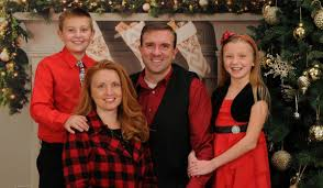 It\u0027s Time for Family Portraits at Portrait Innovations - Akron ...