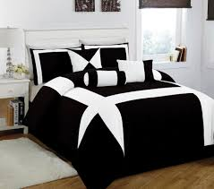 Superb Black And White Queen Sheet Set. Minimalist Bedroom ...