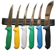 example of rack in use with knives knives sold seperately boxed 385 x 45 x 20mm 350g
