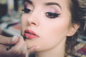 makeup we all have those days when we want to look our best those feel good moments where you want to don the fashionable clothes and conceal the spots on