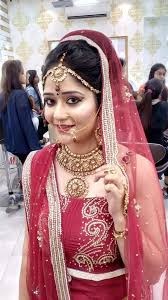 bee a bridal makeup artist step by step career guide at aashmeen munjaal star academy lear all required skill and training in makeup techniques here