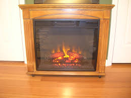 copyright durhamonthe fireplace lit it has remote control and heats the room fast
