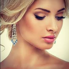 love the makeup not too heavy not too light maybe a slightly diffe lip color stunning wedding makeup idea