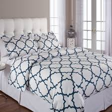 modern bedding  bed linens  bed accessories