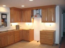 kitchen cabinets with crown molding kitchen cabinet crown molding ideas kitchen cabinet crown moulding installation