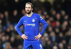 Then suddenly we were one man down and in this moment we lost a little bit the structure and concede a very harsh decision. Revealed Why Maurizio Sarri Dropped Gonzalo Higuain Marcos Alonso To Face Man City Football London