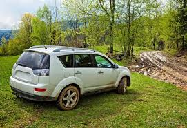 in all wheel drive vehicles both axles receive power