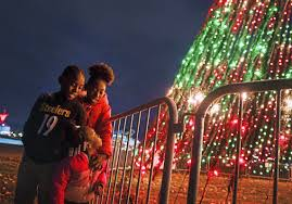 Pittsburgh Social Lights Adam Lambert Fireworks And Tree Lightings Will Spark Light