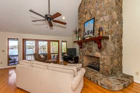 ceiling fan ing guide what to consider living room