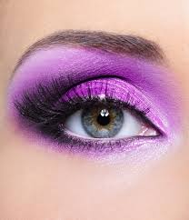 if you re looking for more drama pair your purple and black eye makeup with a how to do