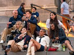 Gossip Girl: Reboot startet im Juli bei ...
