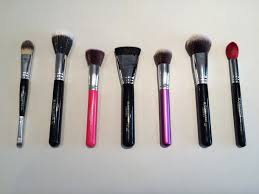 this guide aims to help you diffeiate between all the makeup brushes curly on the market when you re deciding on a new purchase and in some cases