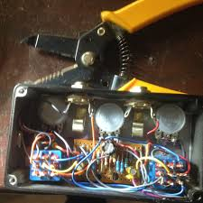from the desk of dantone wac wiley audio corporation i will also recommend to use the top jacks if you can manage it makes for cleaner cabling than the side jacks on this sideways pedal