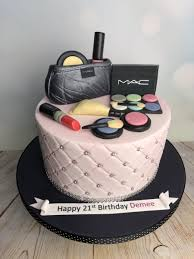 This awesome makeup themed cake was created for a sweet 16 birthday party. Mac Make Up Birthday Cake Mel S Amazing Cakes