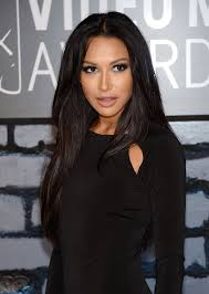 makeup artist jo baker was inspired by the 70s disco era when creating naya rivera s
