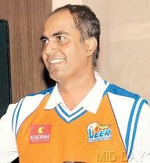 Cricketer Nilesh Kulkarni - Nilesh-Kulkarni