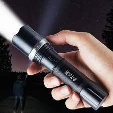 Đèn pin có thể sạc lại led chiếu xa 480 mét 10 watt, zoom siêu sáng, chống  nước và tự vệ ngoài trời mini