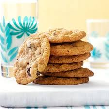 In a separate bowl cream together the remaining four ingredients and mix with dry mix. Chewy Raisin Molasses Cookies Recipe How To Make It Taste Of Home