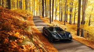The original version has a top speed of 408.47km/h(253.81mph). Koenigsegg Agera Beats The Bugatti Veyron To Become The World S Fastest Car Architectural Digest