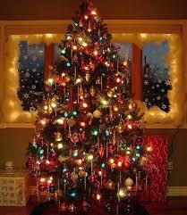 Old Fashioned Christmas Tree Light Bulbs 50 Pretty Vintage Christmas Tree Ideas Christmas Lights