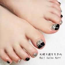 黒とシルバーのツートンカラーネイル Nail Salon Azt