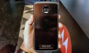 moto force z2. moto z2 force hands on all two i