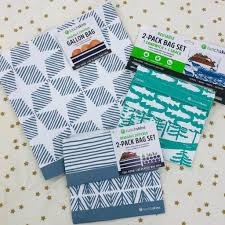 you take your reusable bags to the grocery and farmers market why not do the same with your lunch lunchskins reusable storage bags are a great