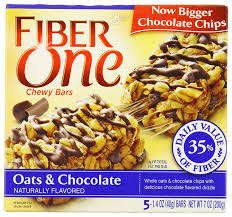 amazon fiber one chewy bars oats and chocolate 5 count bo pack of 12 breakfast snack bars