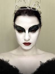 black and white dress makeup