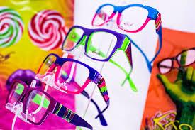 Designer Eyeglasses Chicago Il Best Places For Designer Frames In Chicago Cbs Chicago