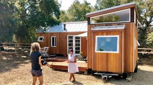 Tiny home office Book Lover Vina Lustados Homeoffice Using Tiny Houses In Flexjobs Vina Lustados Homeoffice Using Tiny Houses In