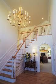 Chandeliers Design : Fabulous Entryway Chandelier Hanging ...