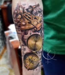 компас с картой тату в реализме сделать тату у мастера каролины