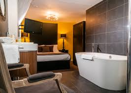 hotel rooms with big bathtubs in london bathtub ideas
