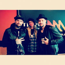 """Rosemary Walton on Twitter: """"Loved chatting with @benjaminmadden and  @JoelMadden hear it on Triple M tonight 8pm @Maddenbrothers  http://t.co/GfGVetfe2L"""""""