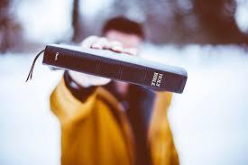 Tanpa kita ketahui, sebenarnya ada banyak ayat alkitab tentang bahasa roh yang banyak dibahas baik dalam perjanjian lama dan perjanjian baru. Daftar Nama Kitab Dalam Alkitab Bahasa Inggris Kuis Alkitab