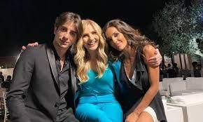 Friends: Lorella Cuccarini embraces Alessandro Cavallo again - Pledge Times