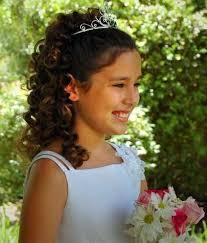 účesy Na Promoci V řeckém Stylu Pro Dívky Yourhinttscom