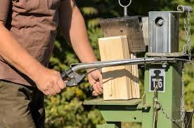 before we learn the skill of building it what is a log splitter by the way