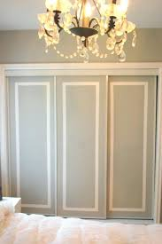 Painted closet doors White How To Paint Closet Doors Do It Yourself Closet Doors Paint Closet Doors Same As Walls How To Paint Closet Doors 5carspeakersco How To Paint Closet Doors Painted Closet Doors By Paint Closet Doors