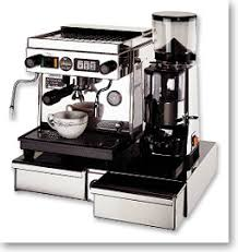 Shop for coffee grinder and brewer at bed bath & beyond. Coffee Grinder Buying Guide Blade And Burr Beveragefactory Com