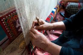 reviving azerbaijani carpet weaving in