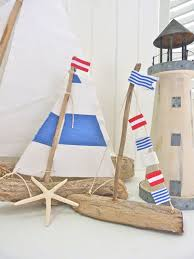 View in gallery Mini driftwood sailboats DIY