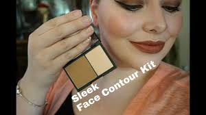 sleek face contour kit in light first impression