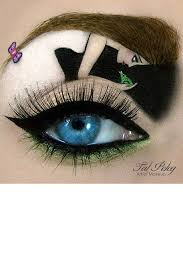 while most of us struggle to create a nice wing tal peleg has taken the cat eye to a whole new level peleg is an artist a makeup artist