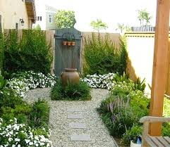 simple landscape design for small spaces backyard landscape design simple landscape design for small spaces garden garden design front
